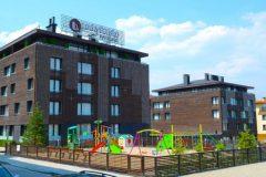 Apart otel Lucky Bansko | Çocuk oyun alanı ve cephe