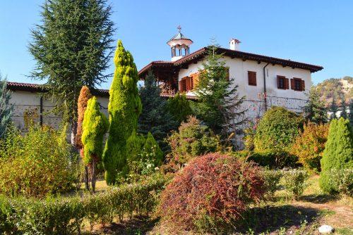 Изглед към Роженски манастир | Lucky Bansko