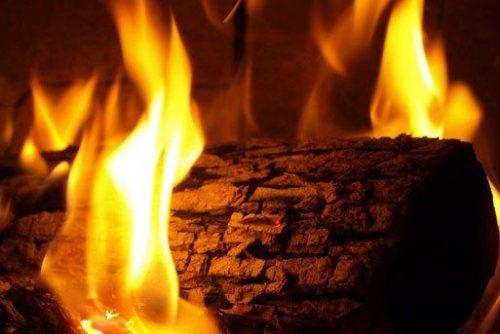 Снимка на огнъще с бъдник | Lucky Bansko SPA & Relax