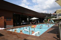 Açık hava yüzme havuzu 3 | Lucky Bansko