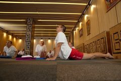 Asani bir yoga kursu